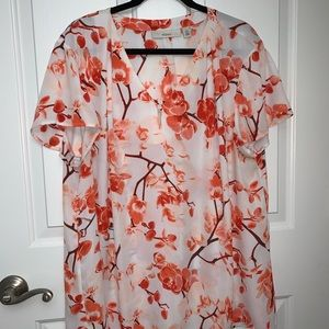 Gorgeous floral printed blouse from Sejour